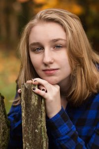 high-school-senior-Portraits-Everett-Washington